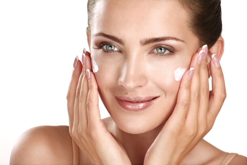 10 Healthy Ways to Deal with Dry Skin