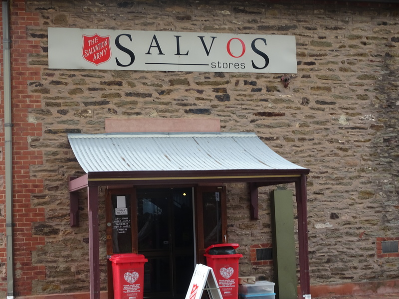 Salvos store