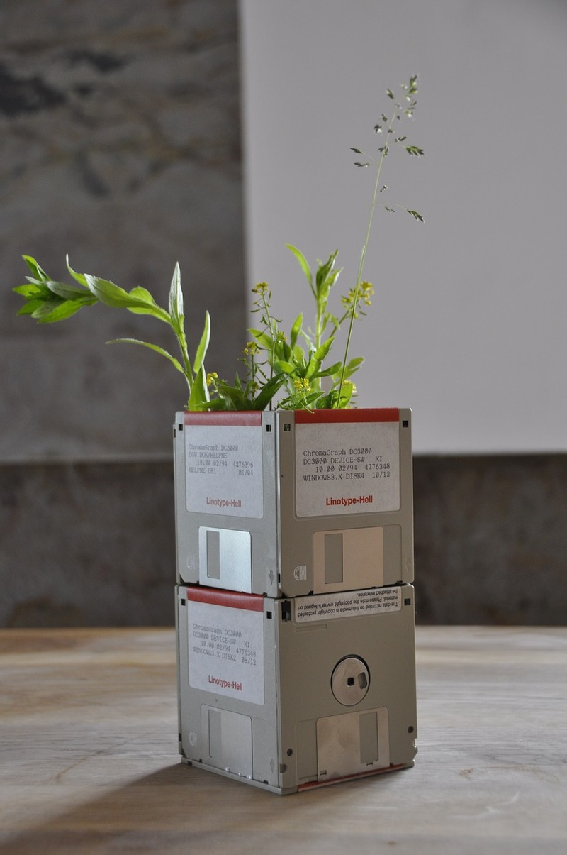 Upcycled diskettes